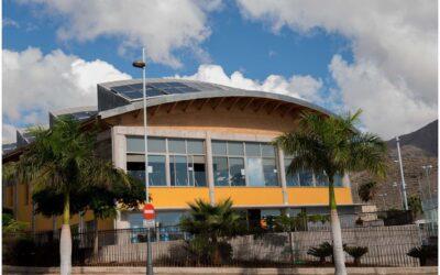 Proyecto en el Centro Deportivo El Galeón en Adeje, Tenerife. Dressler Aluminio