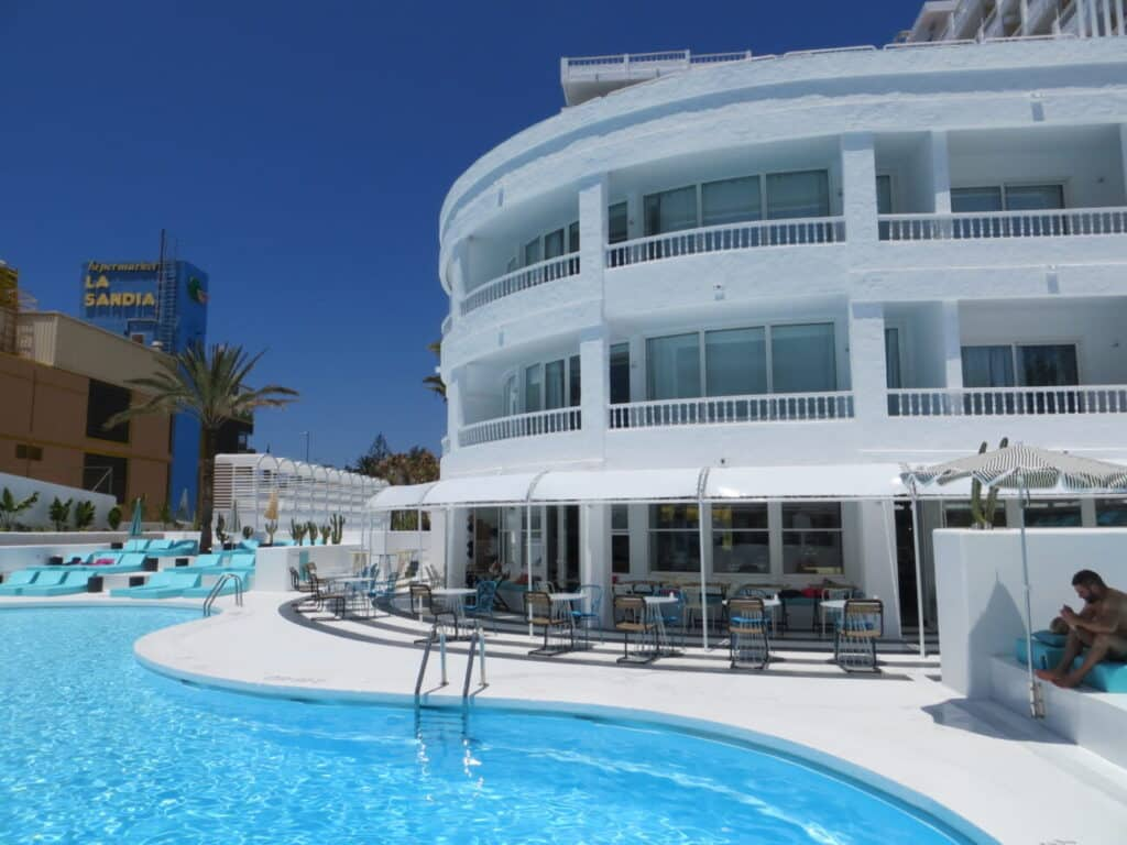 Hotel Gold by Marina Gran Canaria Rehabilitación - Dressler Aluminio